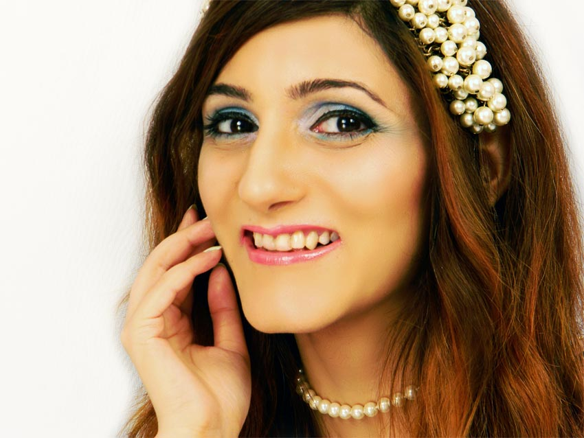 makeup ideas for prom night shilpa-ahuja-beautiful prom-makeup-ideas-pink-blue-eyeshadow[1]