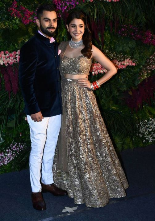 anushka sharma bollywood virat kohli reception lehenga