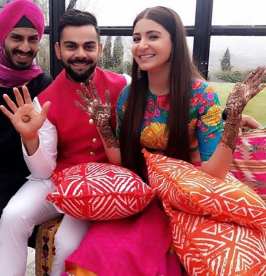 virat kohli-bollywood-wedding mehendi-outfit