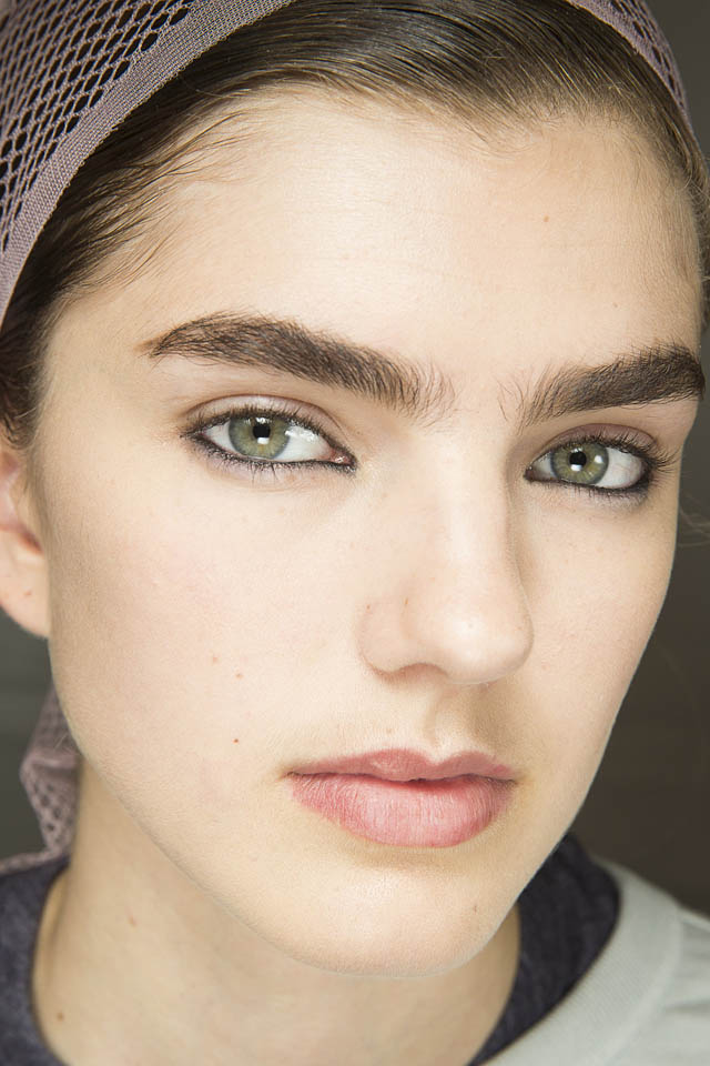 Christian-Dior Spring Summer 2019 SS19 Makeup Trends Bold Brows