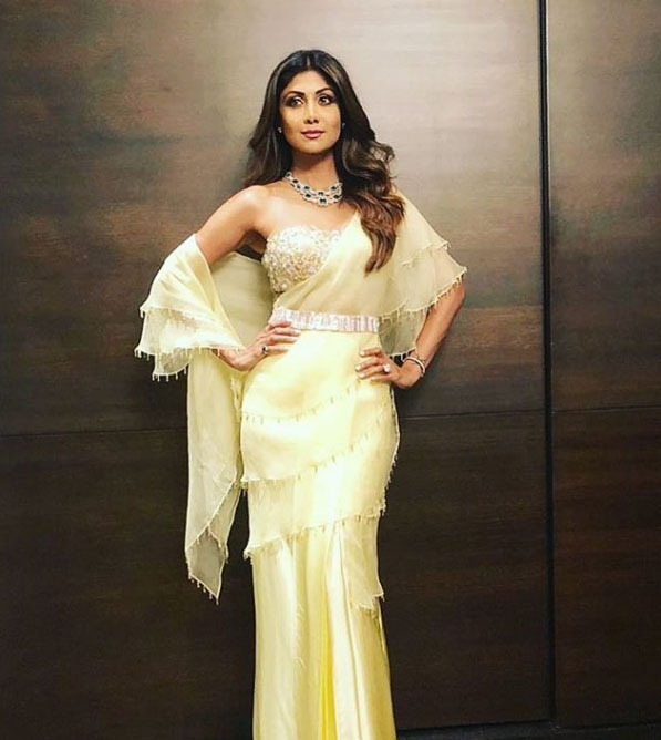 Manish Malhotra Latest Saree Designs 2019 Belt Draping Style