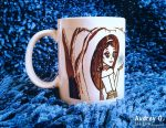 coffee-mugs-shopping-online-girl-winter-snow-funky-designer-