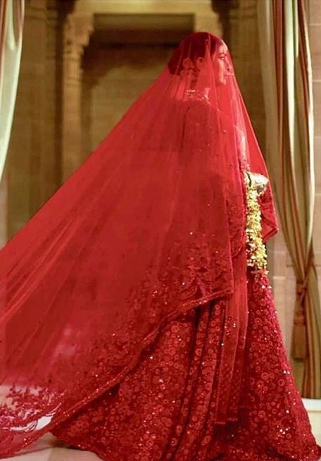 designer indian wedding dresses sabyasachi red lehenga priyanka chopra