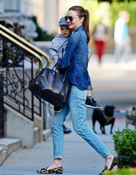 leopard print - ripped - boyfriend jeans - denim shirt - loafers for women