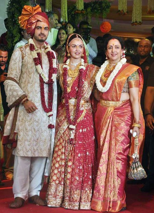 red wedding sarees marriage bollywood esha deol