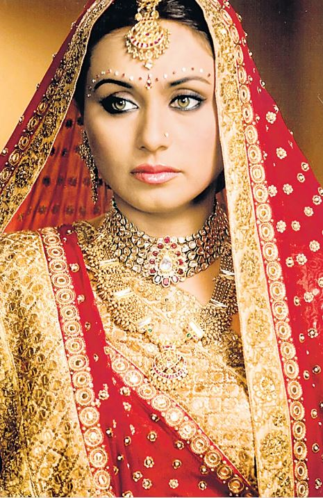 top wedding dresses lehengas bollywood rani mukherjee