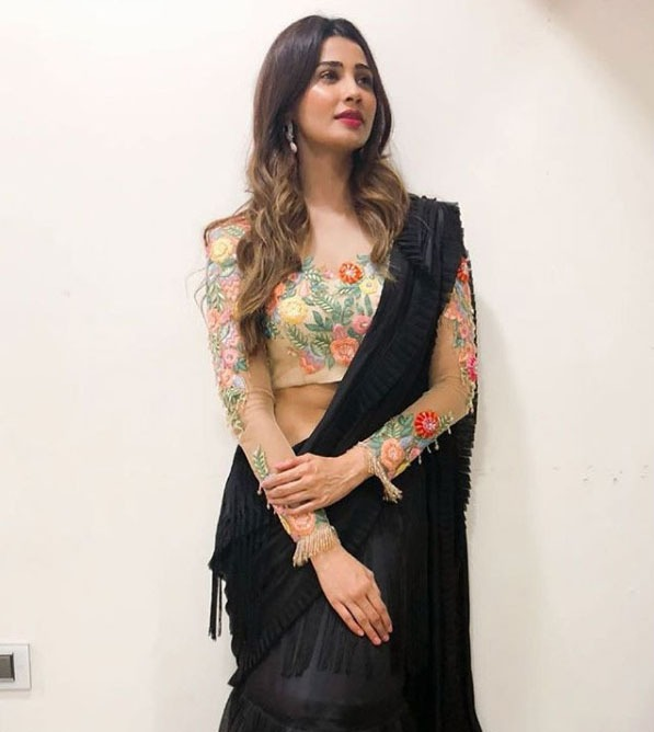 Manish Malhotra Latest Saree Blouse Trends 2019 Embroidered Design