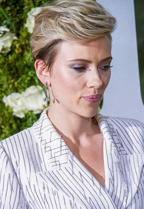 scarlett-johansson-fringe up womens hair hairstyles