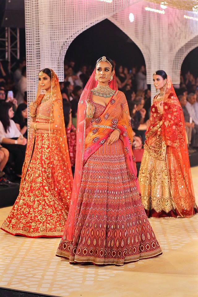 Tarun Tahiliani Latest Indian Bridal Lehenga Trends Belts
