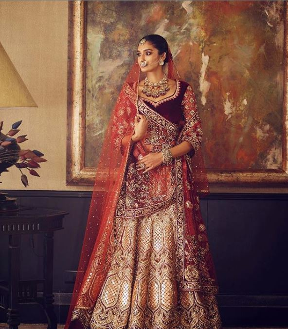 Tarun Tahiliani Latest wedding Lehenga Trends 2019 Double Dupatta