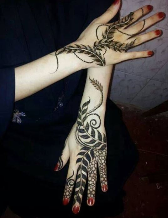 Latest Mehendi Designs Beautiful Trends for Girls (29)