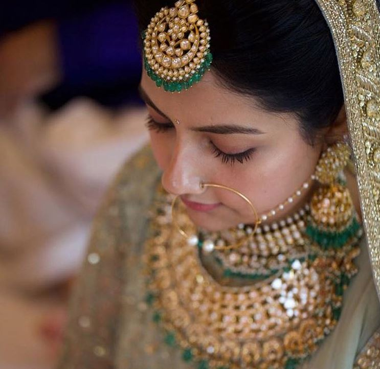 Sabyasachi Top Indian Wedding Jewelry Trends 2019 Styles Green.JPG (2)