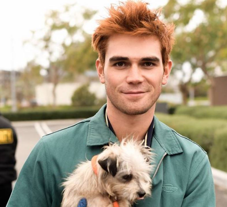 kj apa best looking actors on TV riverdale show