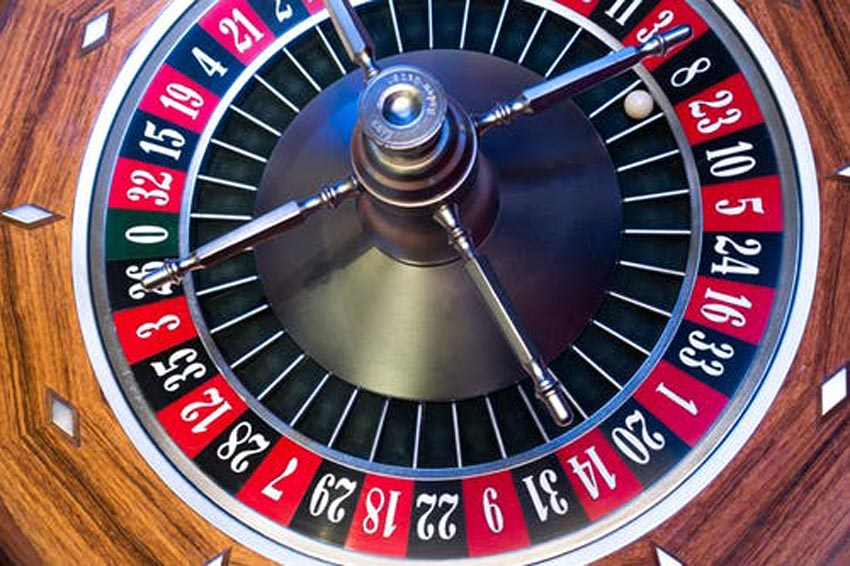 Men and Women Riskroulette gambling apps