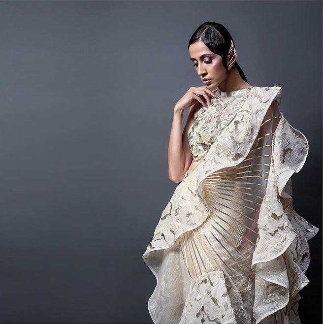 Top Designer Lehenga Trends 2019 Ruffles Amit Aggarwal