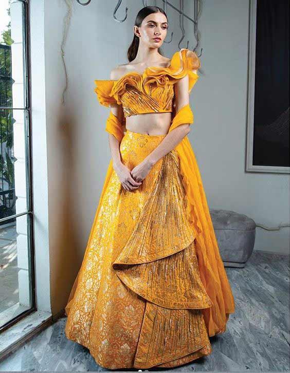 blouse-design-2019-image-Gaurav-Gupta-w