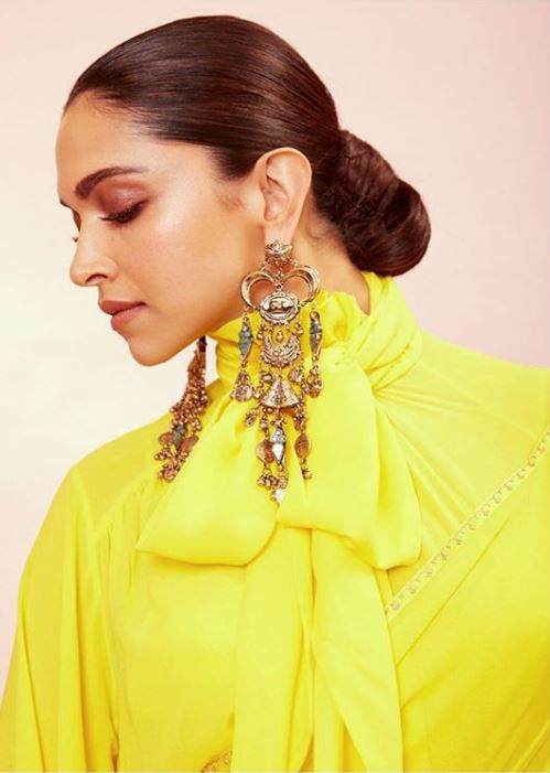 deepika padukone bun bollywood actress latest hairstyles 2019
