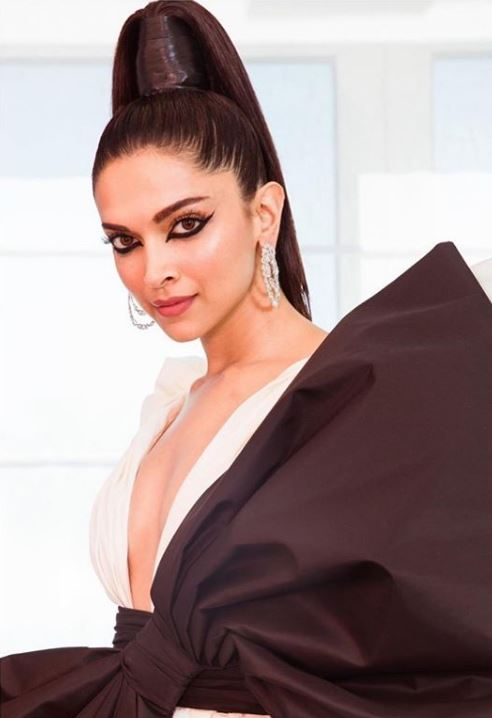 deepika padukone cannes indian actress hairstyles new trends