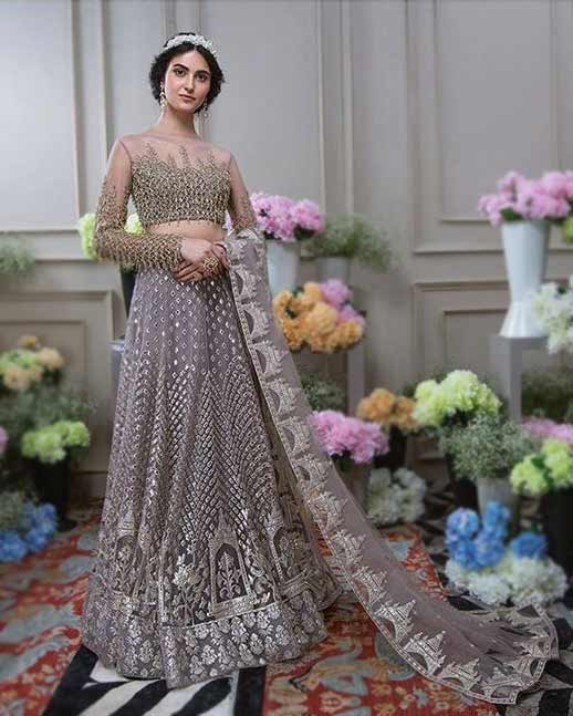 latest-lehenga-designs-weddings-2019-Falguni