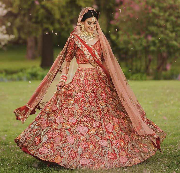 lehenga-choli-designs-2019-latest-Shyamal-Bhumika