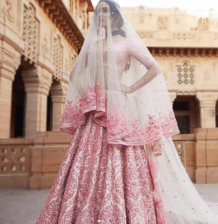lehenga-choli-designs-2019-latest-sabyasachi