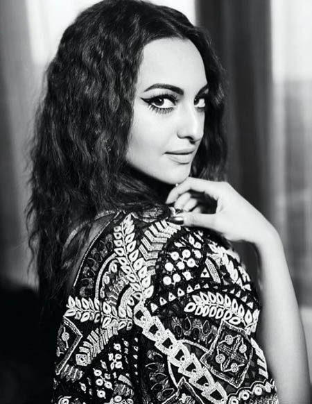 sonakshi sinha desi actress hairstyle curly new latest