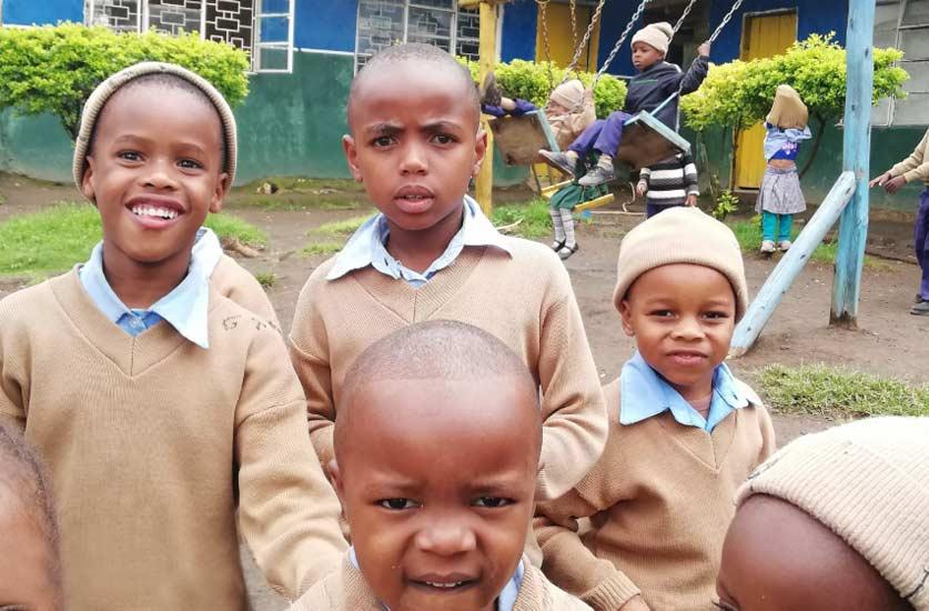 volunteering-opportunities-children-school africa -tanzania