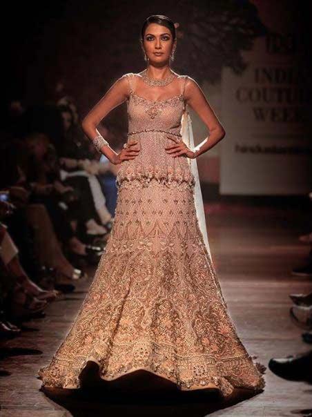 2019 designer lehenga choli blouse Tarun-Tahiliani