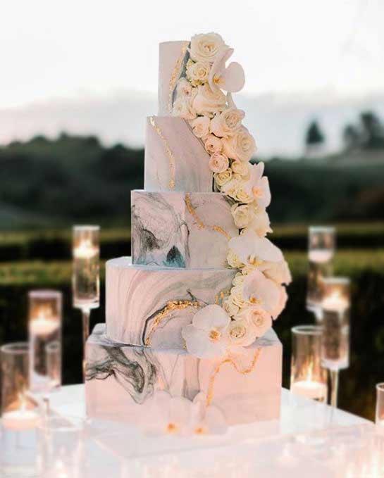 designer-trendy-wedding-Cakes-2019-marble-graceandhoneycakes