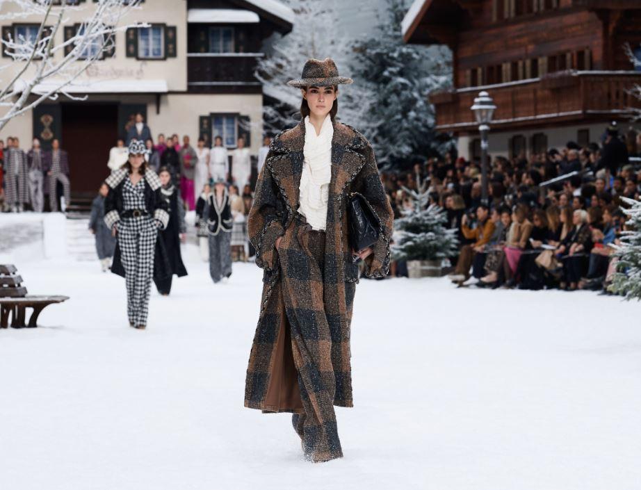 chanel fall 2019 power dressing wool