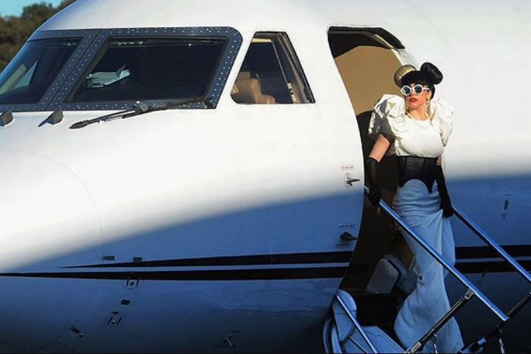 Private Jet Experience lady gaga