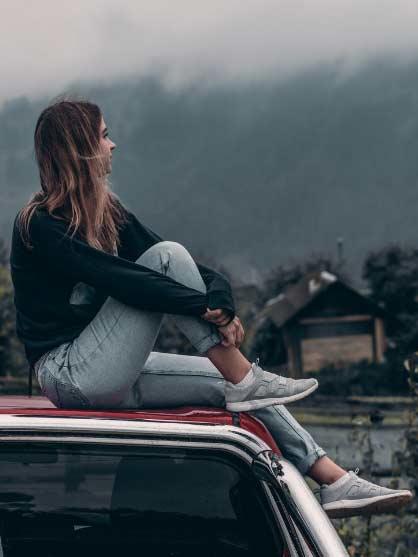 lifestyle-culture-travel-fun-woman