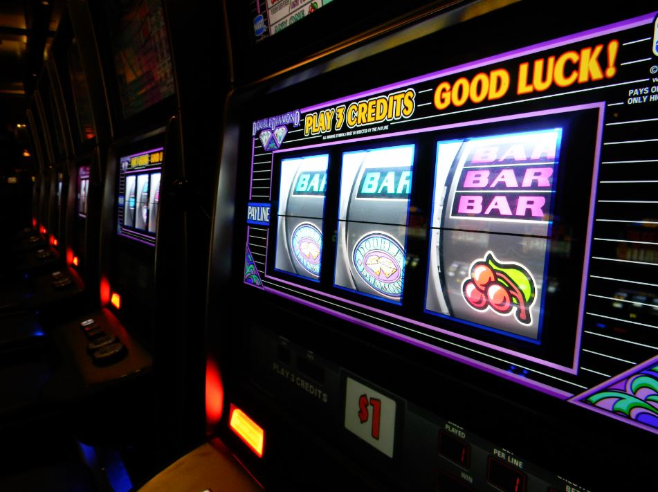 slot machines online popular casino games