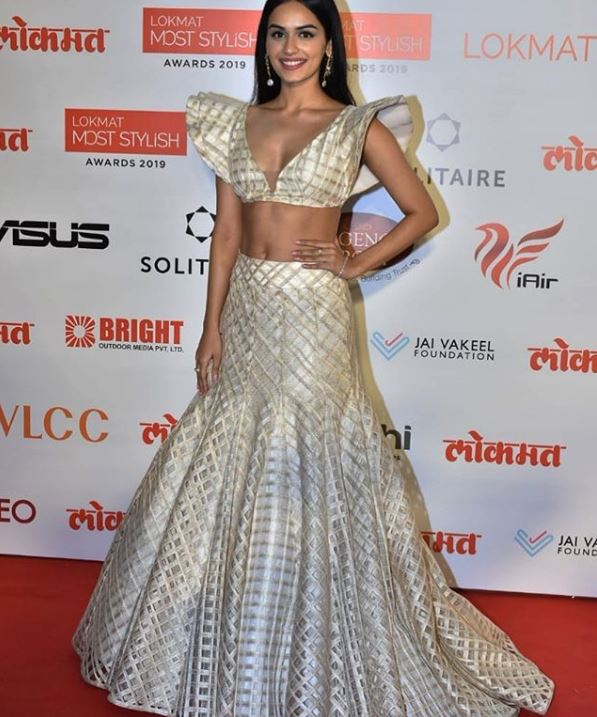 indian ethnic wear trumpet lehenga manish malhotra