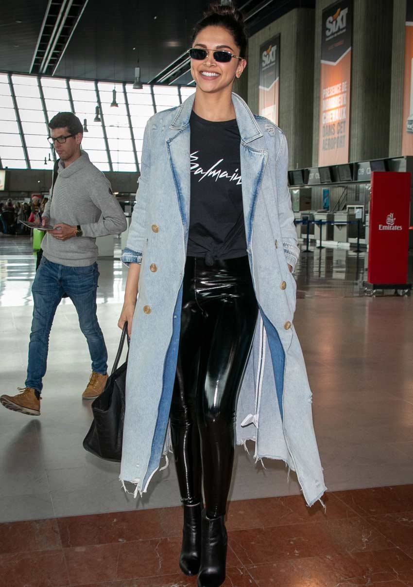 indian celeb style western outfit duster-coat deepika