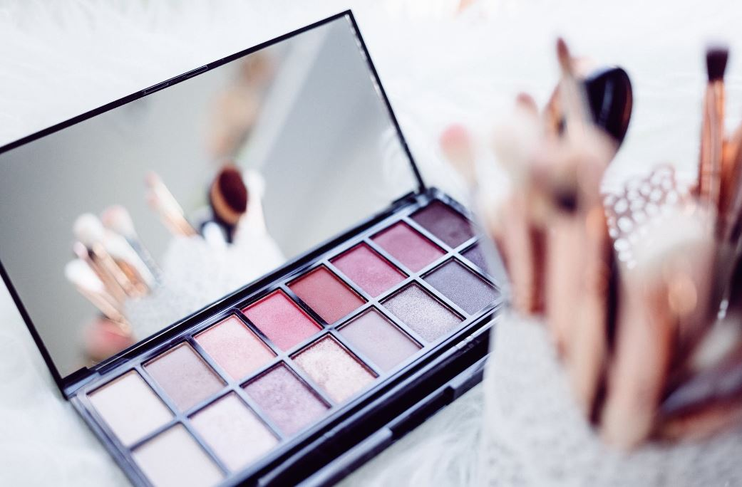 makeup products beauty retail india