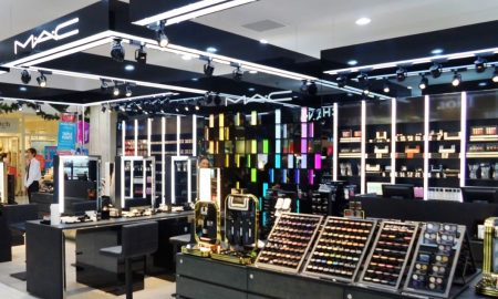 makeup store beauty retail india mac cosmetics