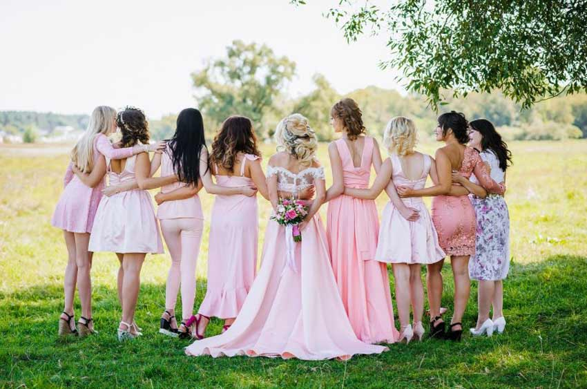 wedding-dress-party-line-up